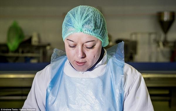 Cận cảnh nhà máy sản xuất sandwich lớn nhất nước Anh_11