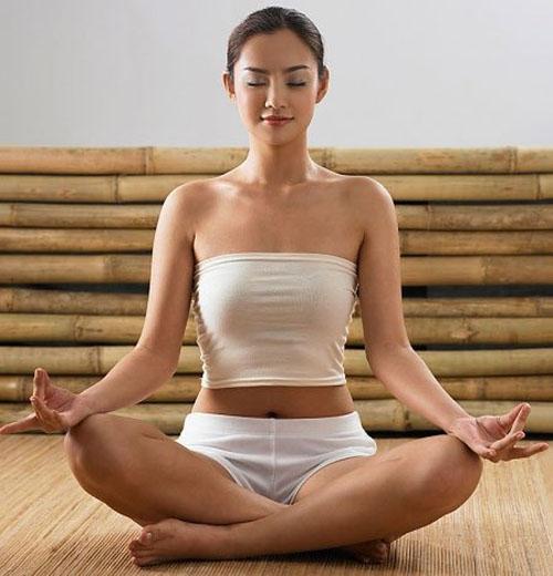 2 bài tập yoga vừa giảm cân lại đẩy lùi chứng hôi miệng 1