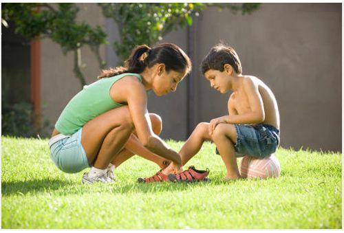 Cẩn trọng với triệu chứng đau xương khớp ở trẻ em 1