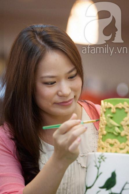 Người phụ nữ với đam mê đặc biệt: Vẽ tranh bằng... bánh ngọt 3