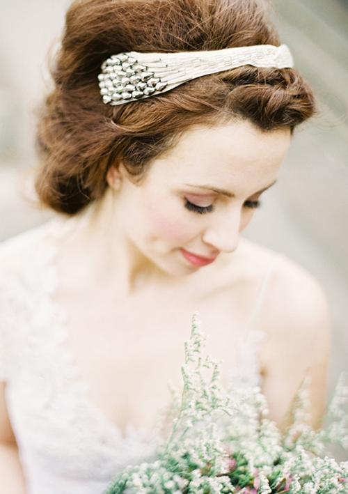 4 phụ kiện cài tóc tinh tế tô điểm yêu kiều cho cô dâu mới 5
