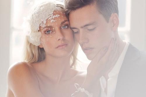 4 phụ kiện cài tóc tinh tế tô điểm yêu kiều cho cô dâu mới 8