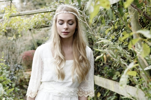 4 phụ kiện cài tóc tinh tế tô điểm yêu kiều cho cô dâu mới 19