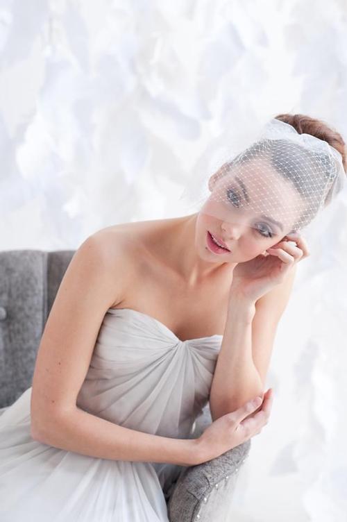 4 phụ kiện cài tóc tinh tế tô điểm yêu kiều cho cô dâu mới 21