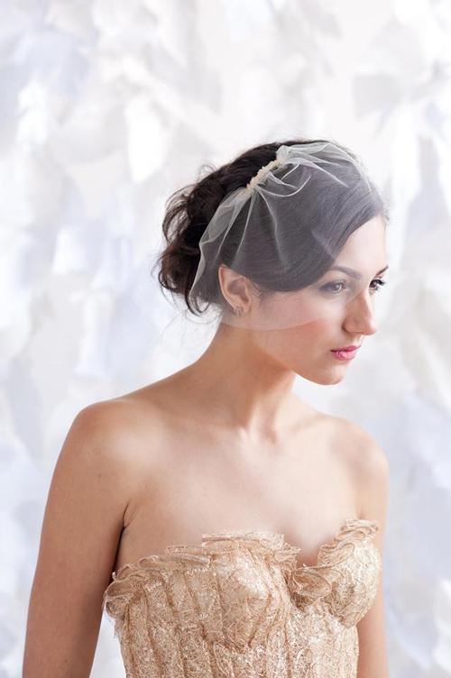 4 phụ kiện cài tóc tinh tế tô điểm yêu kiều cho cô dâu mới 22