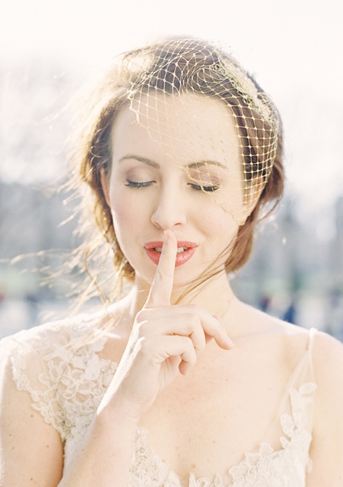 4 phụ kiện cài tóc tinh tế tô điểm yêu kiều cho cô dâu mới 24