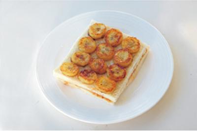 Làm bánh mỳ kẹp ăn sáng ngon và đủ chất 13