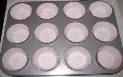 Mềm thơm món bánh cupcake nho khô  13