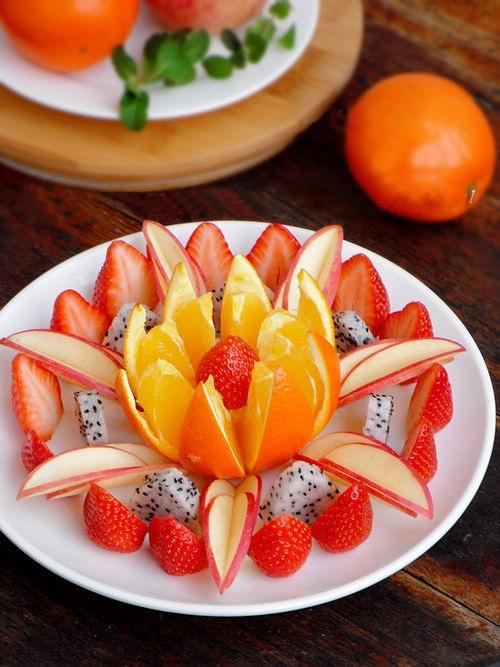 Hướng dẫn cách bày hoa quả sinh động và hấp dẫn 16
