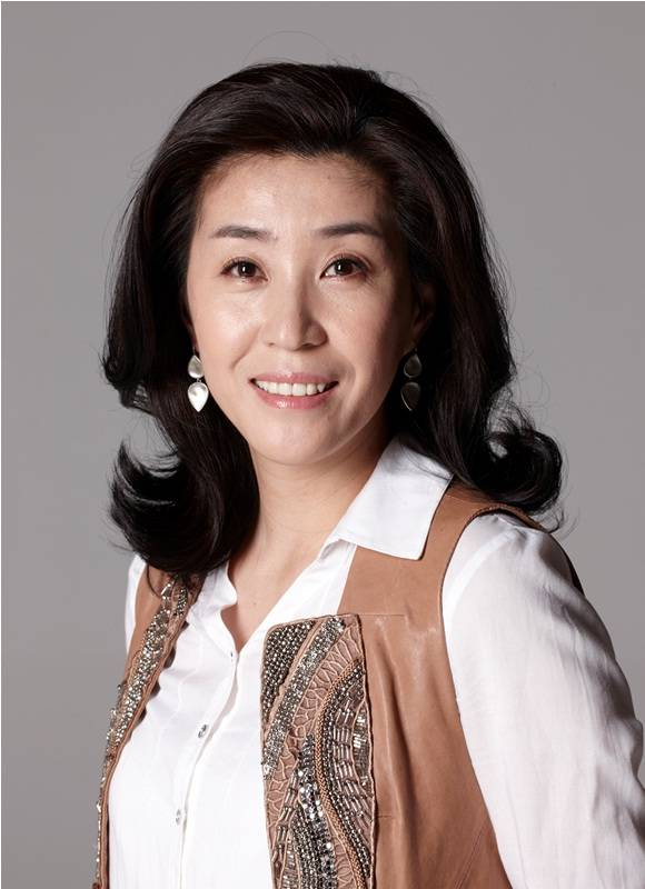 """Kim Mi Kyung """"The Heirs"""": Vinh quang bình dị của """"bà mẹ xứ Hàn"""" 1"""