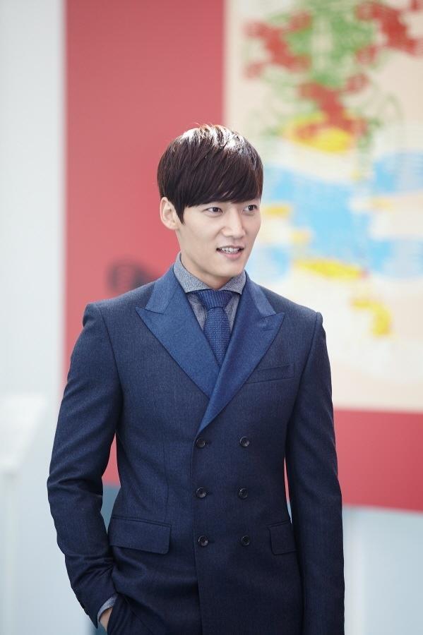 """""""Anh em"""" Lee Min Ho thân thiết trên phim trường """"The Heirs"""" 5"""