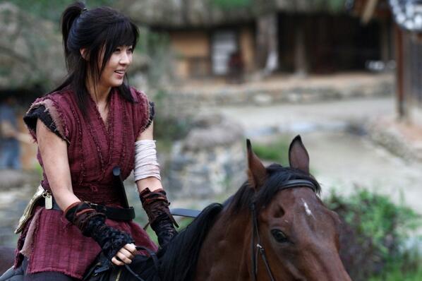 Những diễn viên Hàn không cần người đóng thế 7