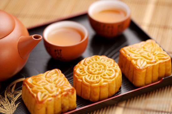 Những mẫu khuôn bánh cực đẹp để bà nội trợ trổ tài mùa Trung thu 1
