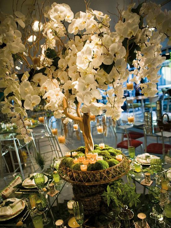 Ngất ngây với 18 mẫu lọ hoa dáng cao trong tiệc cưới 17
