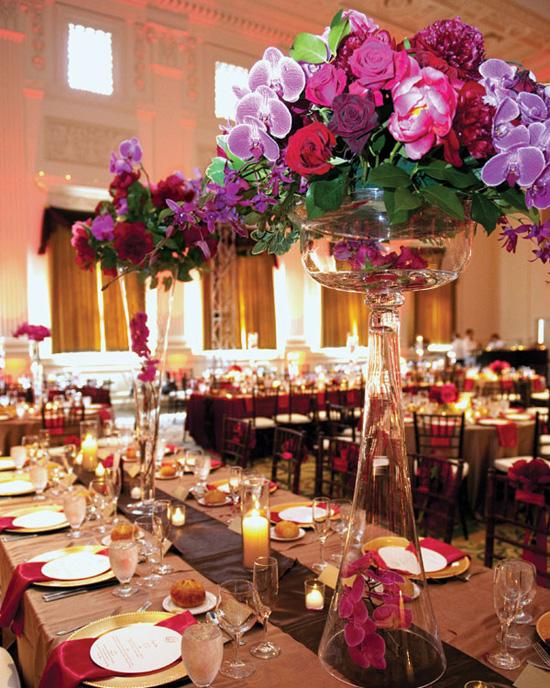 Ngất ngây với 18 mẫu lọ hoa dáng cao trong tiệc cưới 2