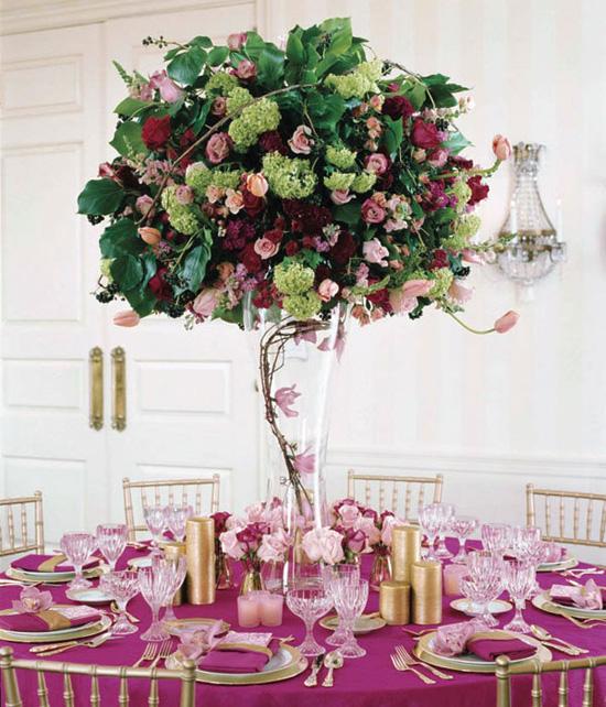 Ngất ngây với 18 mẫu lọ hoa dáng cao trong tiệc cưới 3