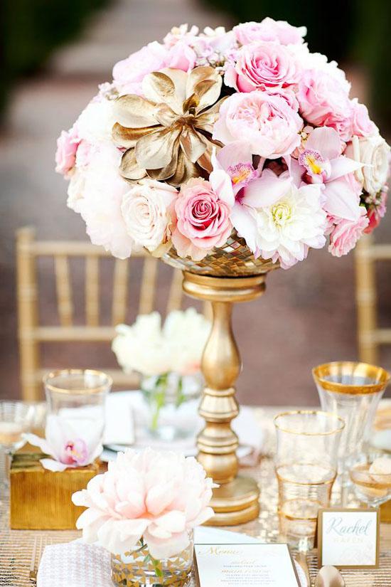 Ngất ngây với 18 mẫu lọ hoa dáng cao trong tiệc cưới 7
