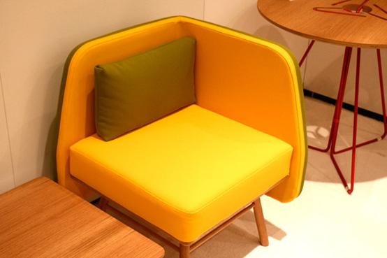 Hiện đại, sống động và đầy màu sắc với ghế Bi Silla 1