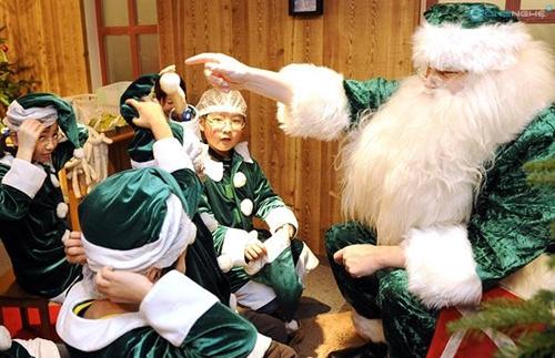 Những phong tục thú vị về Giáng sinh trên toàn thế giới 2