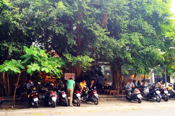 5 điểm cà phê vỉa hè hút người Sài Gòn nhất 7