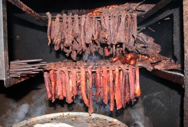 Thịt khô trên mâm cỗ Tết người Tây Bắc 1