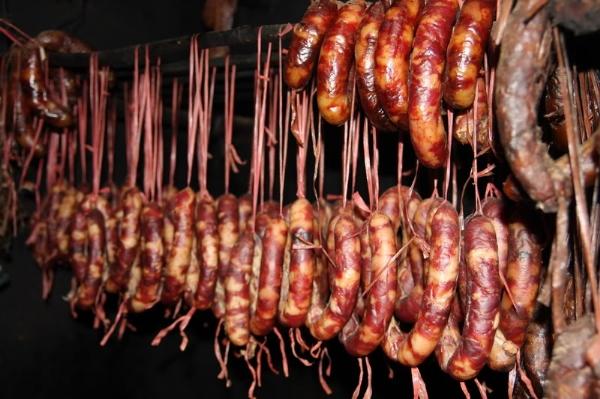Thịt khô trên mâm cỗ Tết người Tây Bắc 4