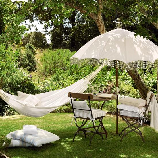 5 ý tưởng trang trí sân vườn lãng mạn ngày hè 3