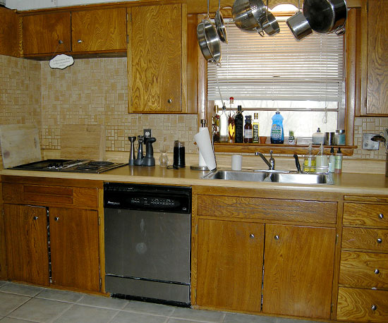 Ngắm những phòng bếp cũ kĩ trở nên rạng ngời sau khi trang hoàng 1