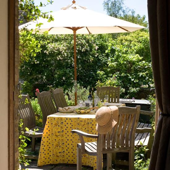 5 ý tưởng trang trí sân vườn lãng mạn ngày hè 5