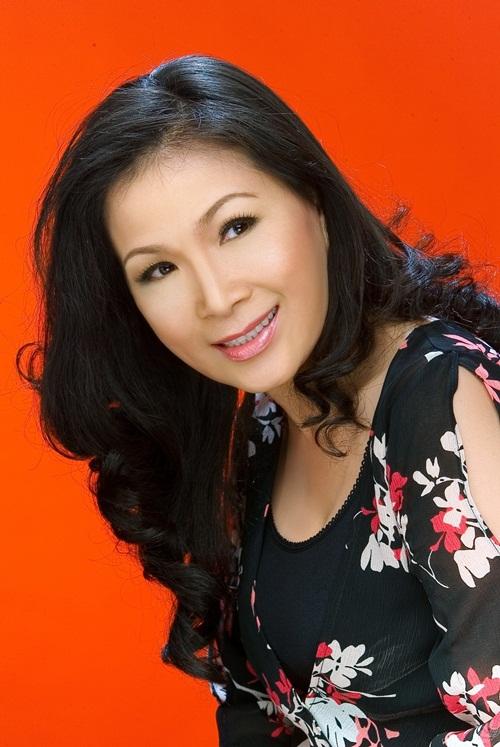 HTV Awards: Hiền Thục đối đầu Uyên Linh, Văn Mai Hương 17