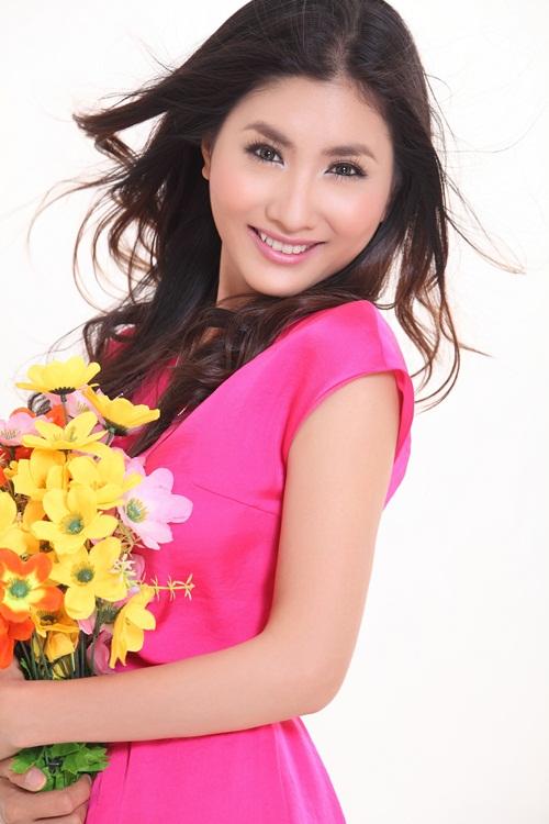 HTV Awards: Hiền Thục đối đầu Uyên Linh, Văn Mai Hương 13