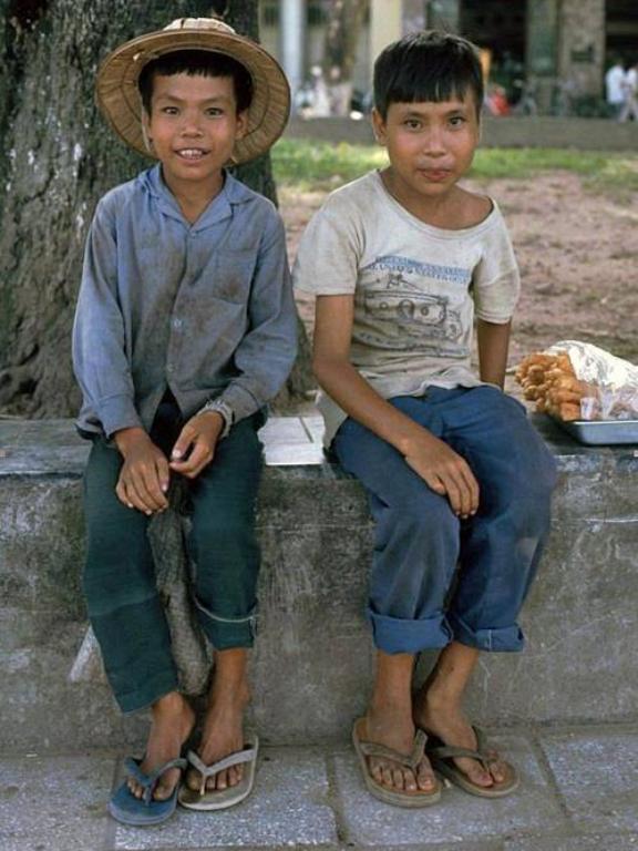 Những bức ảnh hiếm hoi về Hà Nội cuối thời kỳ bao cấp 23