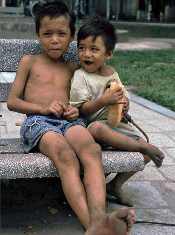 Những bức ảnh hiếm hoi về Hà Nội cuối thời kỳ bao cấp 24