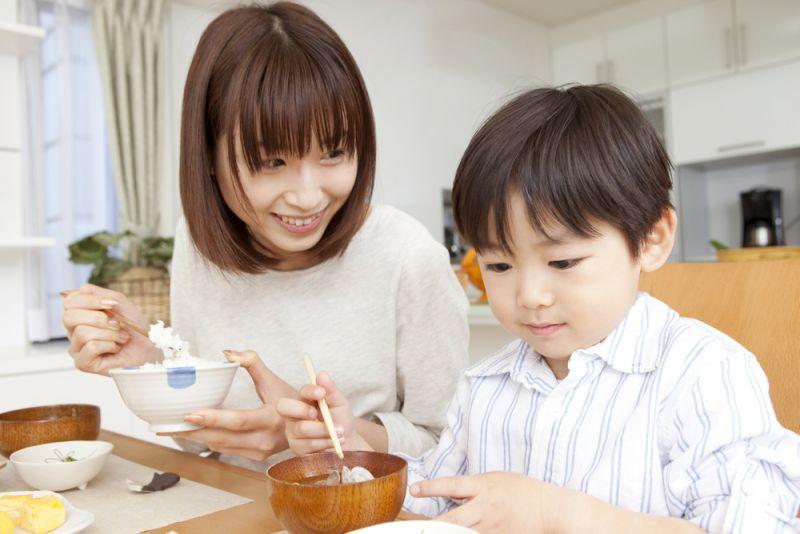 Bố mẹ Nhật dạy con 6