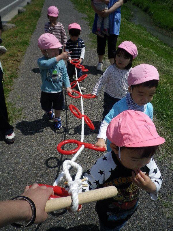 Bé đi học mầm non ở Nhật 1