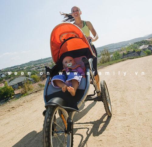 Những môn thể dục mẹ có thể tập cùng bé 3