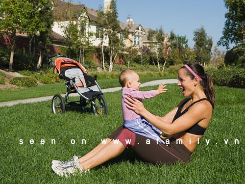 Những môn thể dục mẹ có thể tập cùng bé 1