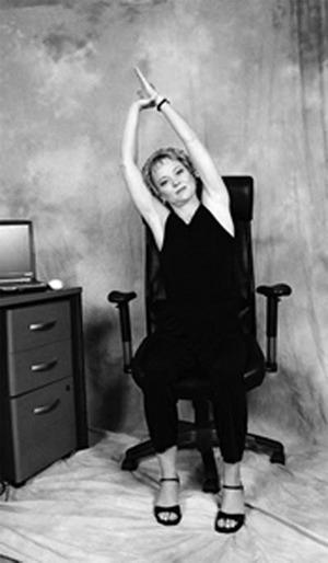 Giảm đau đầu hiệu quả nhờ 4 động tác yoga đơn giản 3