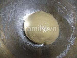 Tự làm bánh mỳ que giòn rụm thơm ngon 4