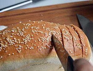 Bánh mì bơ tỏi thơm lừng hấp dẫn khó chối từ 9