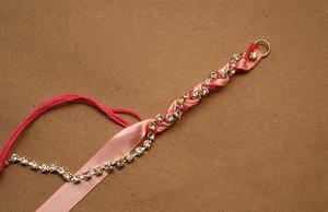Tự làm vòng đeo tay chuỗi ngọc dễ thương 6