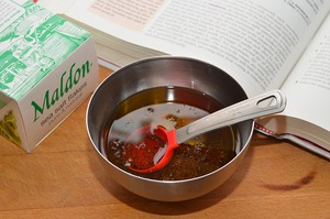 Cách làm salad tím hồng lãng mạn cho bữa tối 4