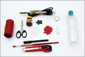 Tự chế móc treo chìa khóa từ vỏ chai nhựa cũ 2