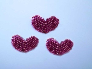 Xỏ cườm thành trang sức hình trái tim xinh yêu 5