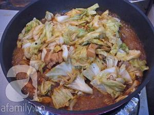 Bắp cải xào thịt ba chỉ lạ miệng ngon cơm 8