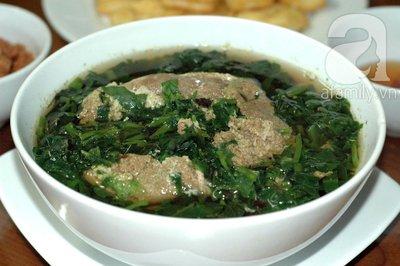 Mát lành dân dã món canh cua nấu rau 16