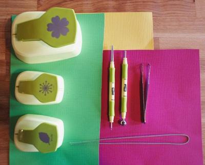 3 bước đơn giản làm hoa giấy trang trí nhà mình 2