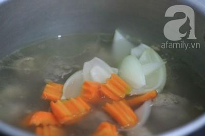 Cách nấu hủ tiếu Nam Vang đơn giản mà ngon 8