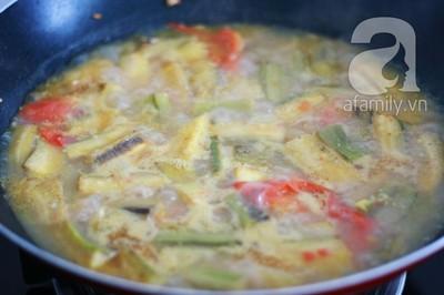 Món ngon cuối tuần: Ốc nấu chuối đậu 24