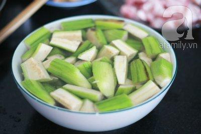 Món ngon cuối tuần: Ốc nấu chuối đậu 13